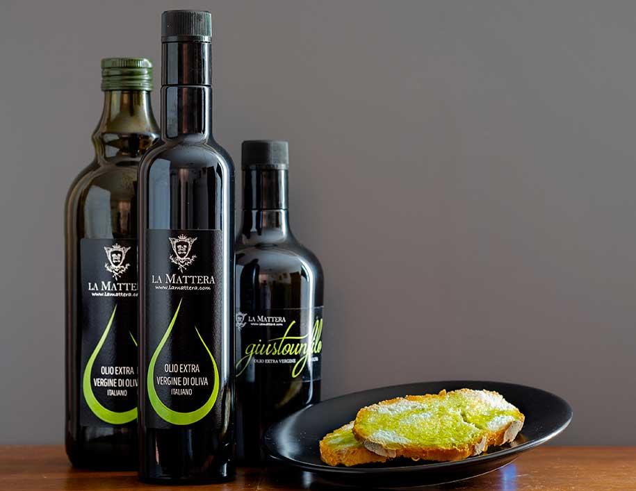 2020-La-Mattera-foto-prodotti-olio-extra-vergine-oliva-marche-fermo-acidita-bassa-buonolio